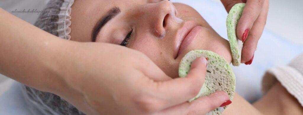 La moringa limpia las impurezas en la cara