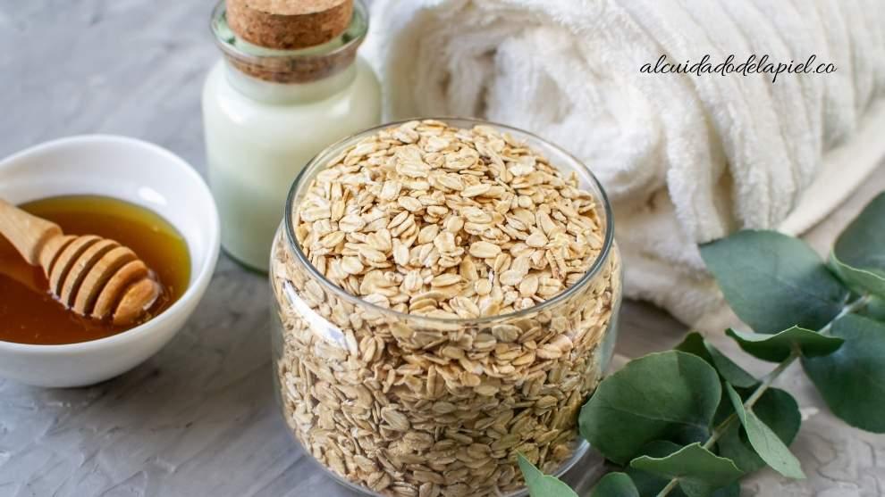 exfoliantes naturales de Miel, Avena, Yogurt y Huevo para la cara