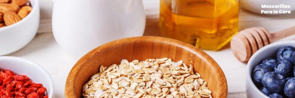 Mascarilla de Avena, miel y aceite de Almendras para suavizar